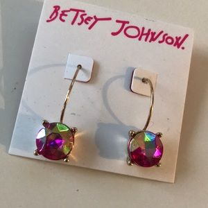 NWT BETSEY JOHNSON pink gem dangle earrings
